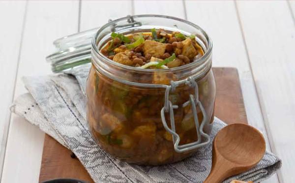 Indische Currylinsensuppe mit Hähnchen in 30 Minuten