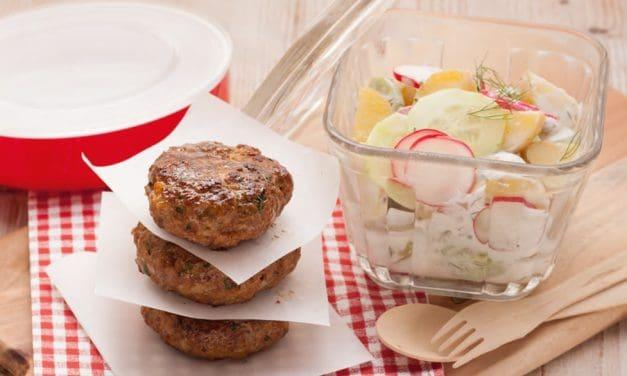 Frikadellen mit Radieschen-Salat in 30 Minuten
