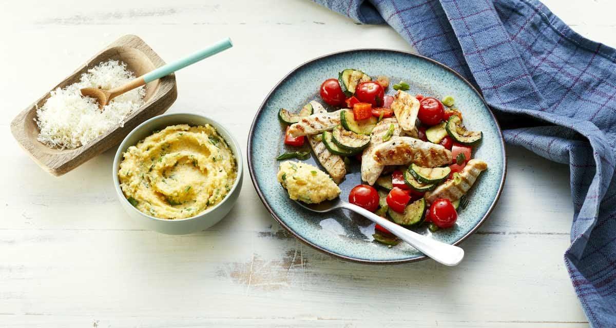 Kräuter-Polenta mit Huhn und Grillgemüse