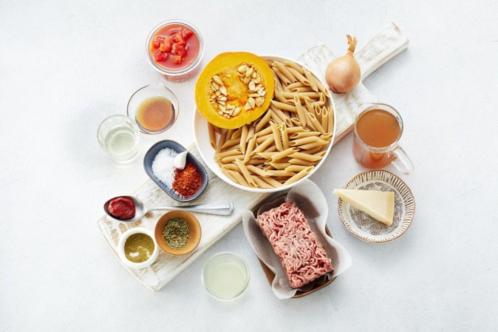 Zutaten für Pasta mit Hack-Kürbis-Bolognese
