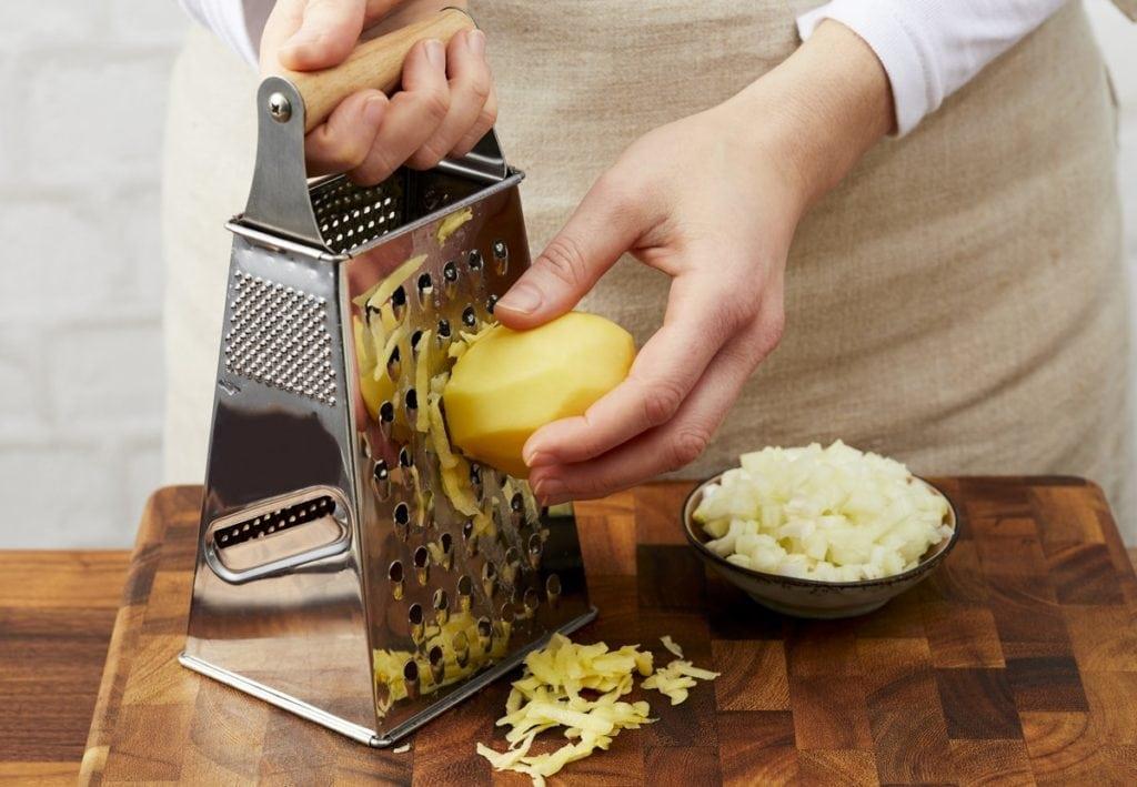 Kartoffel raspeln