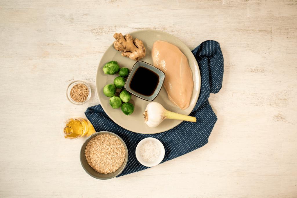Zutaten für Rosenkohl mit Quinoa und Hähnchenbrust